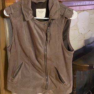 Brown Abercrombie and Fitch vest